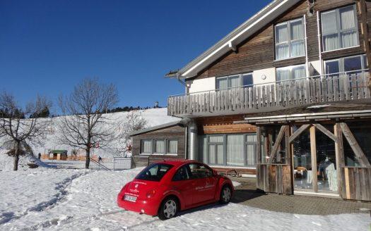 Ferienwohnung am Feldberg-Gipfel. 4-Zimmer. Direkt am Sessellift. Ideal für die Vermietung.