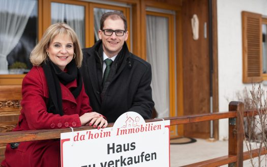 Exklusivmakler für Wohn- und Ferienimmobilien im Schwarzwald, Johannes H. Dietrich und Tanja Dietrich von da`hoim Immobilien.