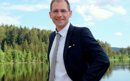 Makler und Sachverständiger für die Immobilienwertermittlung (DEKRA zertifiziert), Johannes H. Dietrich